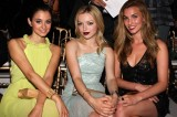 Gabriela Palatchi, Francesca Eastwood e Rainey Qualley